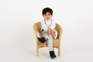 kids portraits and family photo shoots studio
