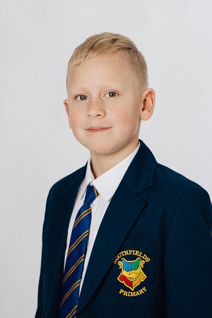 Southfields school uniform photo
