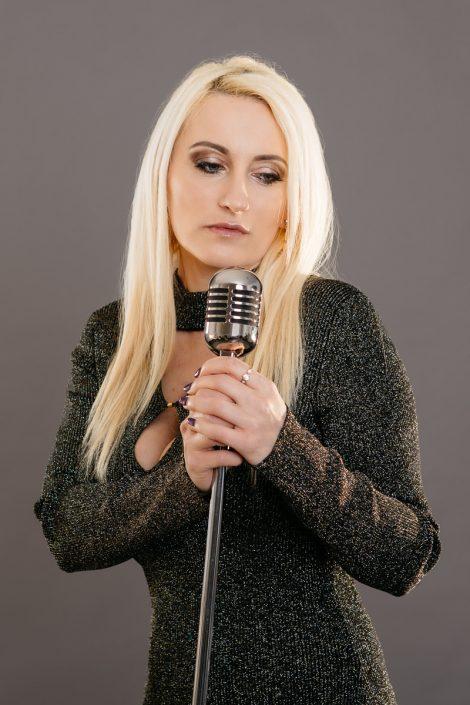 singer portrait
